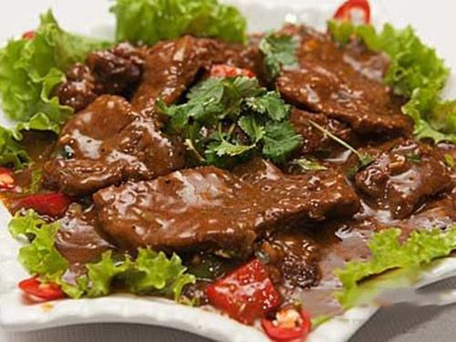 Thành phẩm món thịt bò sốt tiêu đen